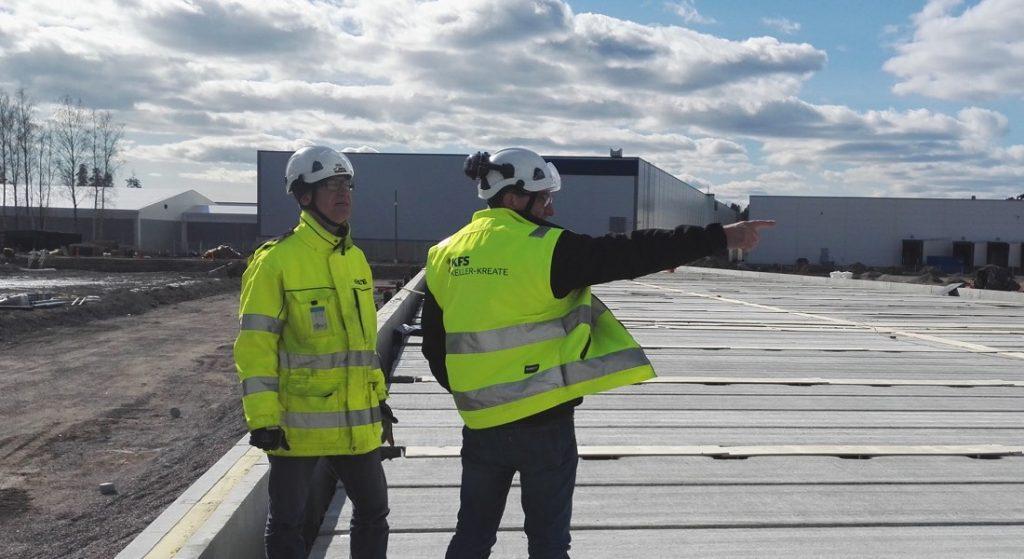 KFS Finlandin työntekijöitä työmaalla